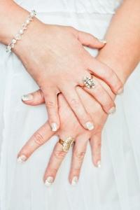 hands-hand-white-wedding