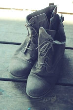 vintage-shoes-old-boots