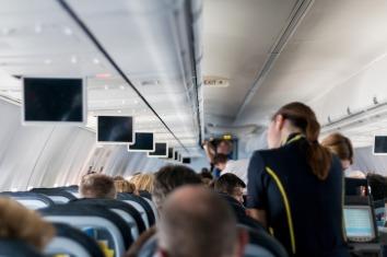 aircraft-2104594_1280