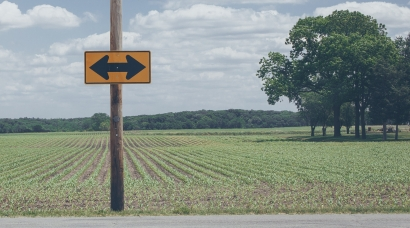 agriculture-arrows-asphalt-977603.jpg