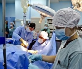 surgery-79584_1920