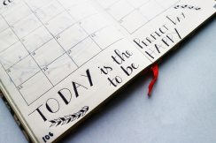 calendar-handwriting-notebook-636246.jpg