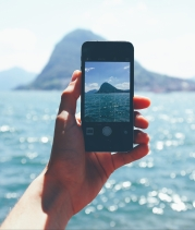 beach-camera-cellphone-861099.jpg