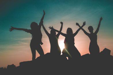backlit-dawn-friends-862848